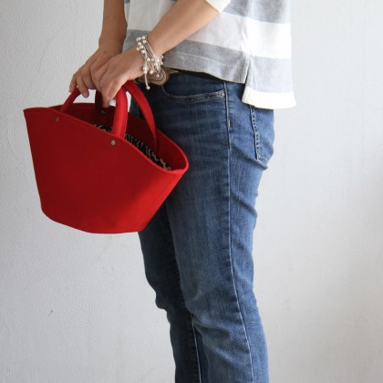 plusfの赤バッグ3