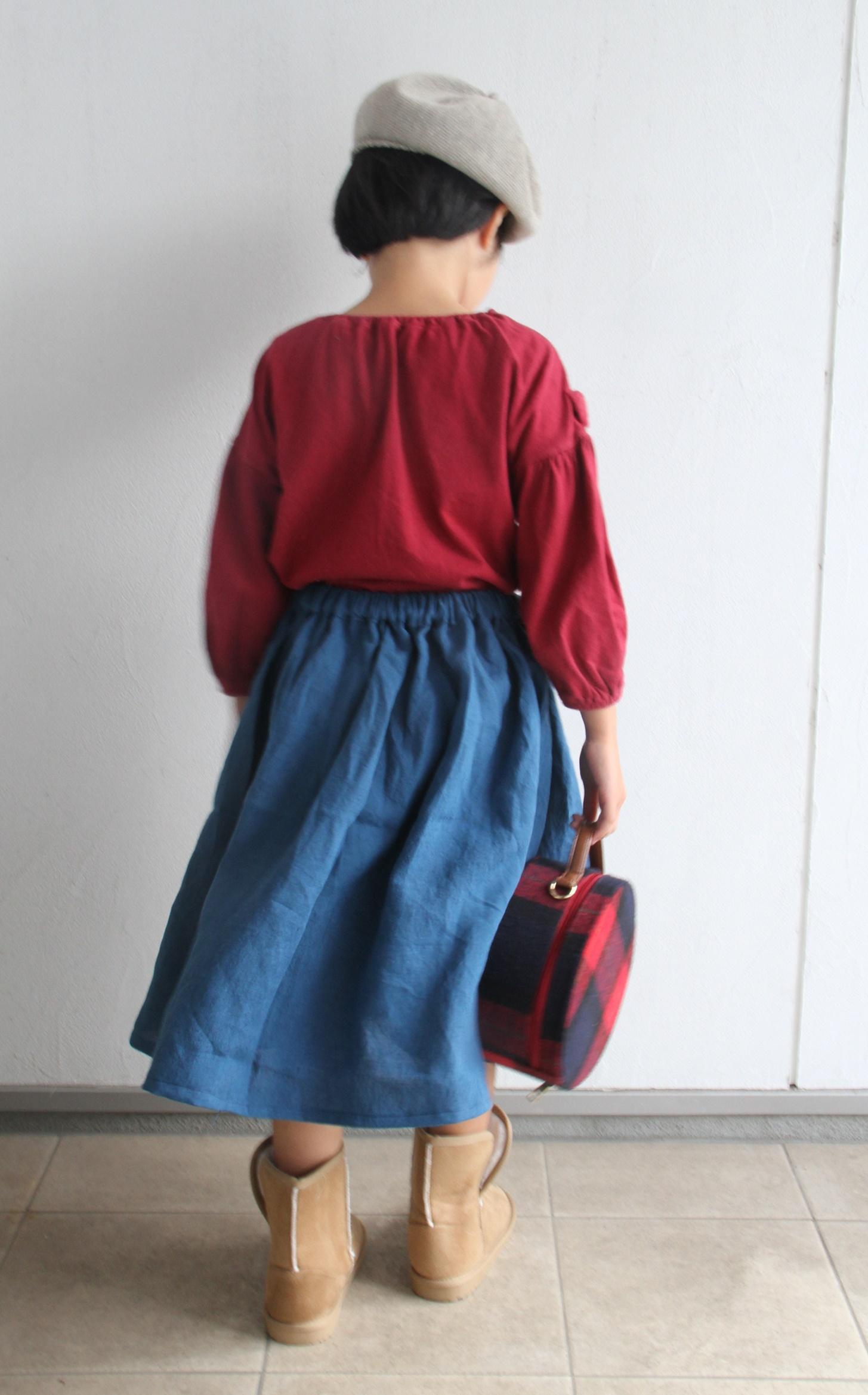 めいスカート1