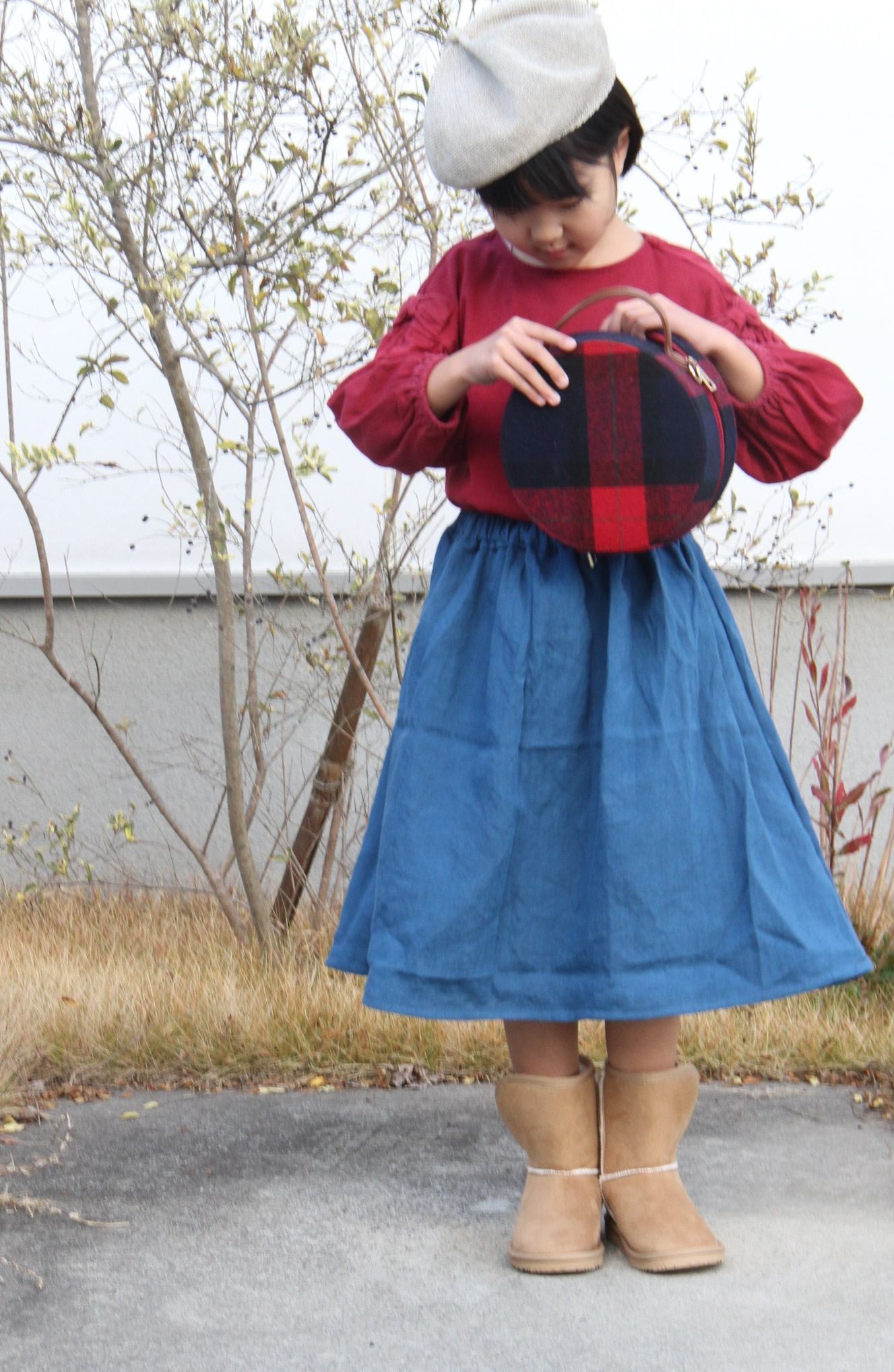 めいスカート2
